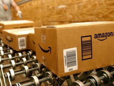 Versandzentrum von Online-Händler Amazon,  Amazon.com,  Text: dts Nachrichtenagentur