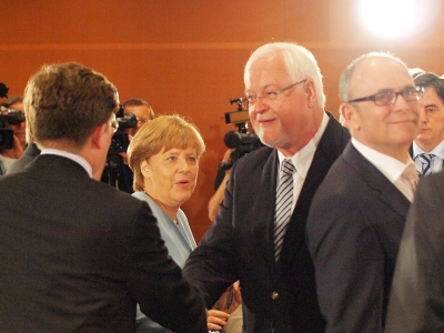 dts image 4681 djrshjeitj 2171 400 300 - Merkel berät mit Ländern über Probleme bei Umsetzung der Energiewende