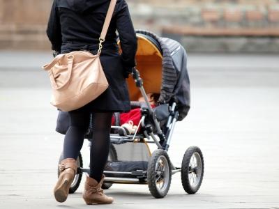 dts image 4667 samegbrefm 2173 400 3001 - Elterngeld: Erwerbstätigkeit von Frauen führt zu höherer Väterbeteiligung