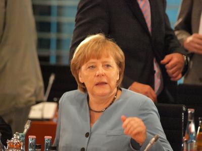 dts image 4682 tftfphtitj 2171 400 300 - Opposition streitet über Umgang mit Merkels Euro-Kurs