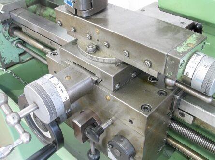 Drehmaschine 445x330 - Gebrauchte Werkzeugmaschinen als Alternative für Firmengründer
