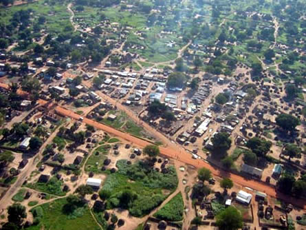 Bild von Menschenrechtsbeauftragter auf Afrika-Reise