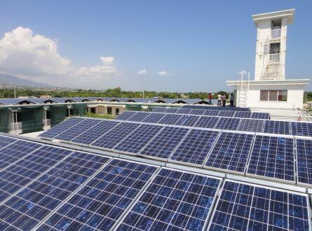 Photovoltaikanlage 445x330 - DONAUER baut Photovoltaik Aufdachanlage in Namibia