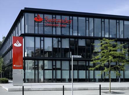 Santander Bank 445x330 - Santander weiß, wie Österreicher sparen