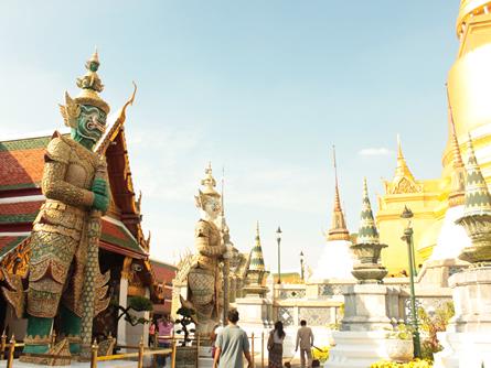 Thailaendische Tempelanlage