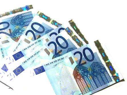 Photo of Europa-Grüne fordern Aussetzung des Swift-Abkommens mit den USA