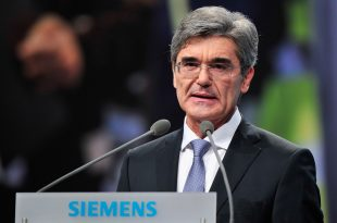 Siemens Hauptversammlung 2014 der Siemens AG in München – Jährliches Aktionärstreffen in der Olympiahalle / Siemens Annual Shareholders' Meeting 2014 in Munich – Annual Shareholders' Meeting in the Olympiahalle