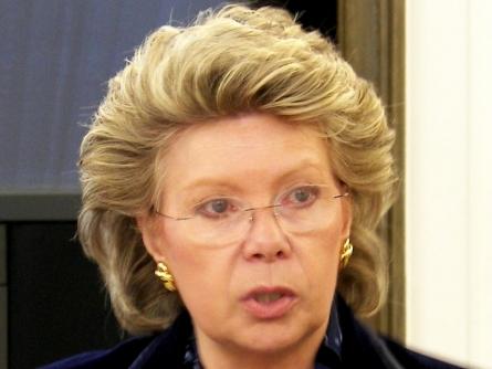 Photo of EU-Kommissarin Reding: Netzausbau in Deutschland zu langsam