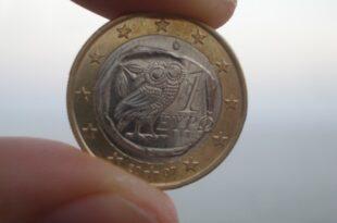 griechischer euro 445x3341 310x205 - Große Koalition denkt an neue Finanzhilfen für Griechenland