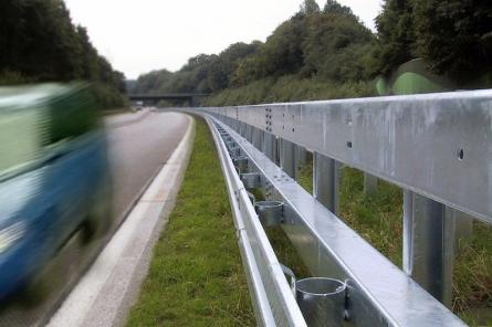 Bild von Mit Stahlschutzplatten für mehr Sicherheit auf den Straßen