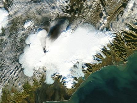 Photo of Island: Luftraum wegen Vulkanausbruch gesperrt