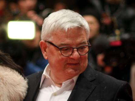 Photo of Ex-Außenminister Fischer für Waffenlieferungen an Kurden