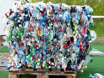 Photo of Die Erfindung der modernen Plastikverpackungen