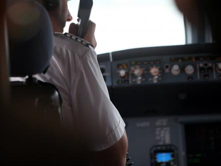 Photo of Pilotenvereinigung begrüßt Einigung auf Zwei-Personen-Regel im Cockpit