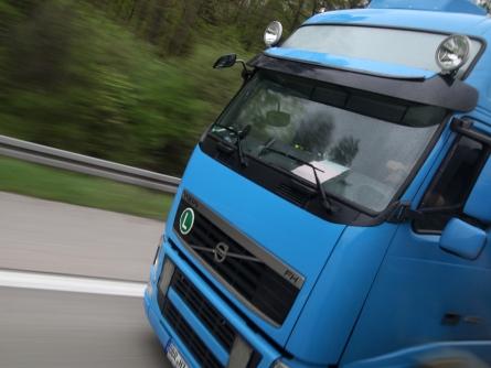 Bild von Daimler sieht in selbstfahrenden Lastwagen die Zukunft
