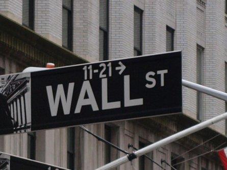 Bild von Dow-Jones-Index schließt fast unverändert
