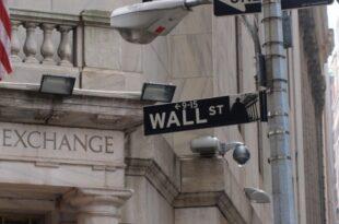 dts image 2821 hcqdobmjqd 2172 445 33421 310x205 - Dow-Jones-Index dreht kräftig ins Minus