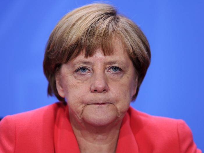 Photo of Wirtschaft geht in Flüchtlingskrise auf Distanz zu Merkel