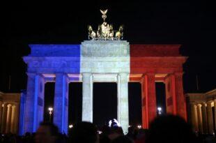 dts image 10043 eofhtdfenq 2171 701 5261 310x205 - Weltweite Trauer und Solidarität nach Terroranschlägen in Paris