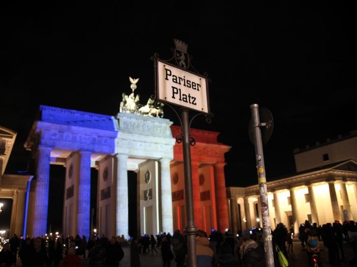 """Photo of """"Bild"""": Waffen von Pariser Terroranschlägen aus Deutschland"""