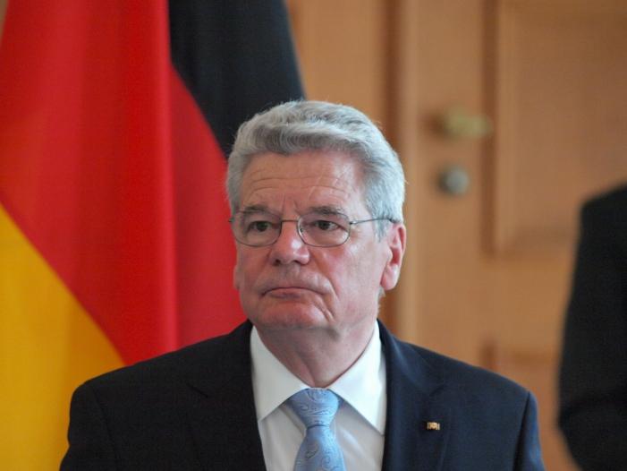 Photo of Gauck musste TV-Ansprache wegen eines Fehlers neu aufzeichnen
