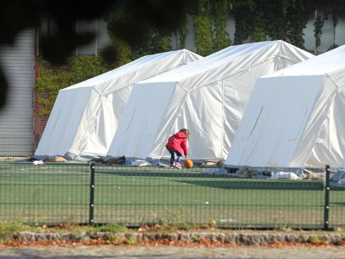 Photo of Flüchtlingskrise: Hofreiter unterstützt Merkels Kontingent-Vorschlag