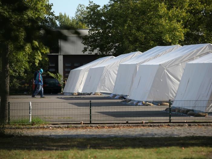 Städte und Gemeindebund Kosten für Flüchtlinge nicht berechenbar - Städte-und Gemeindebund: Kosten für Flüchtlinge nicht berechenbar