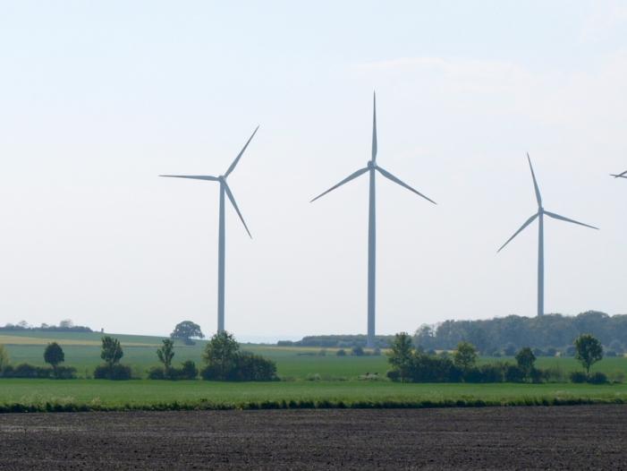 Studie Windkraft an Land wächst in Europa bis 2030 deutlich - Studie: Windkraft an Land wächst in Europa bis 2030 deutlich