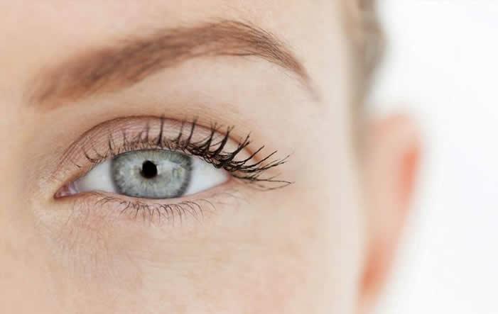 muede Augen - Das hilft bei müden Augen
