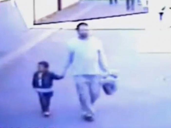 Mohamed und sein Entführer am 1.10.2015, Text: über dts Nachrichtenagentur