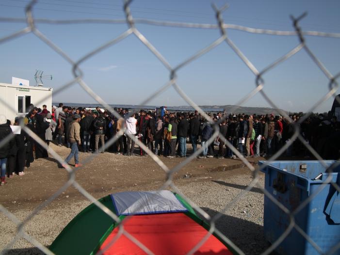 EU Kommission öffnet Strukturfonds für Flüchtlingshilfe - EU-Kommission öffnet Strukturfonds für Flüchtlingshilfe