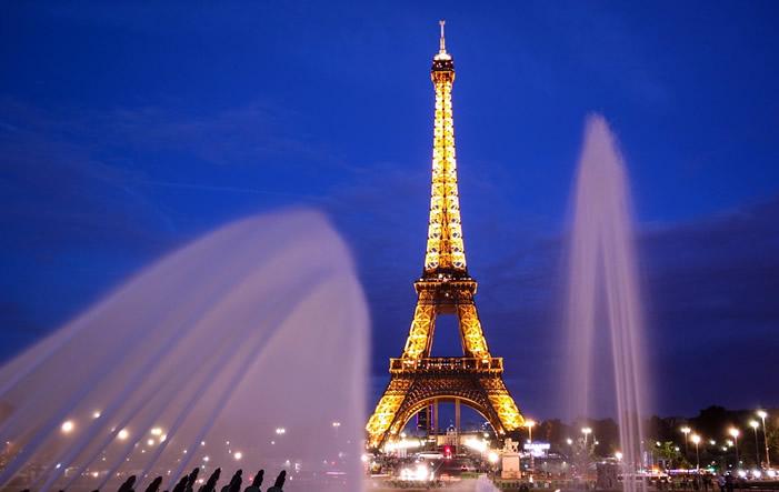 Eiffelturm-Paris Europäische Städte 2015 mit Nächtigungsplus von 4,2%