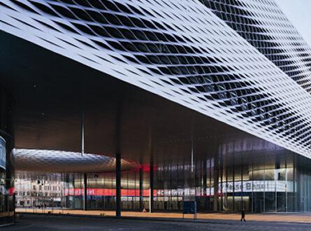 Zumtobel Messe Basel 445x330 - Zumtobel: Negativstart ins neue Geschäftsjahr