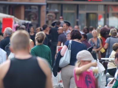 Bevölkerung in Deutschland: um 1.5 Millionen Menschen verzählt