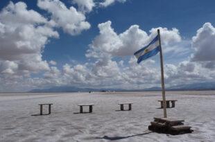 Argentinien Flagge 310x205 - Verlockende Euro-Zinsen, Marktkommentar von Kai Johannsen