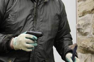 Einbrecher 310x205 - Alarmierende Zahlen: Wie das neue Einbruchsradar helfen soll