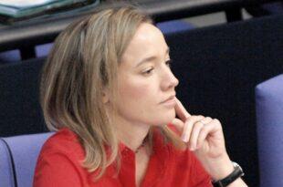 Ex Familienministerin Schröder rechnet mit Kritikern ab 310x205 - Ex-Familienministerin Schröder rechnet mit Kritikern ab