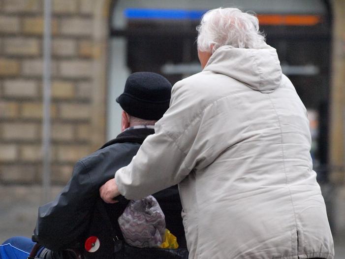 Kabinett beschließt Rentenerhöhung - Kabinett beschließt Rentenerhöhung