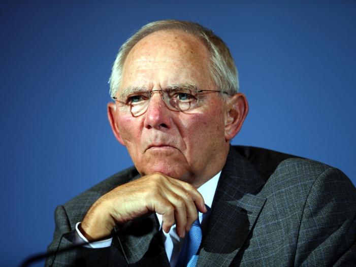 Photo of Schäuble trauert um Hans-Dietrich Genscher