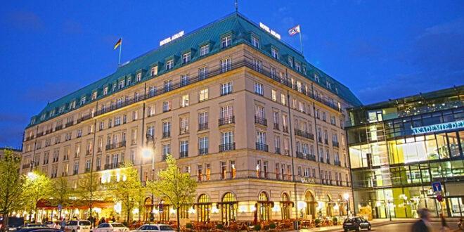 Adlon 660x330 - Luxus ist gefragt: Top-200-Hotels steigern Umsatz