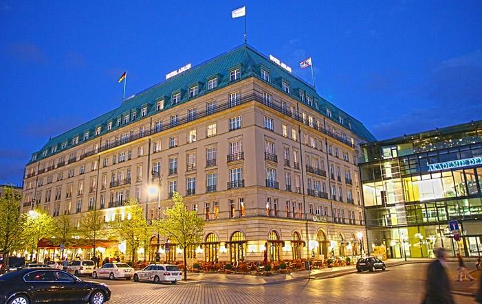 Adlon Luxus ist gefragt: Top-200-Hotels steigern Umsatz