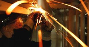 Arbeitskleidung 310x165 - Mehr Arbeitslose in Liechtenstein im Januar