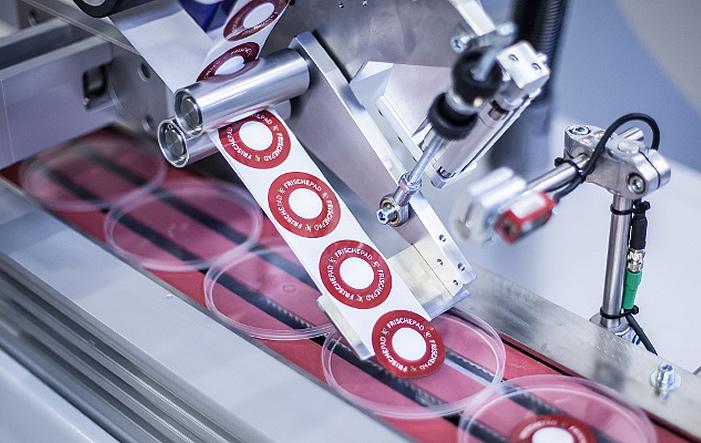 Photo of Etikettiermaschinen: Effiziente Partner unterschiedliche Branchen