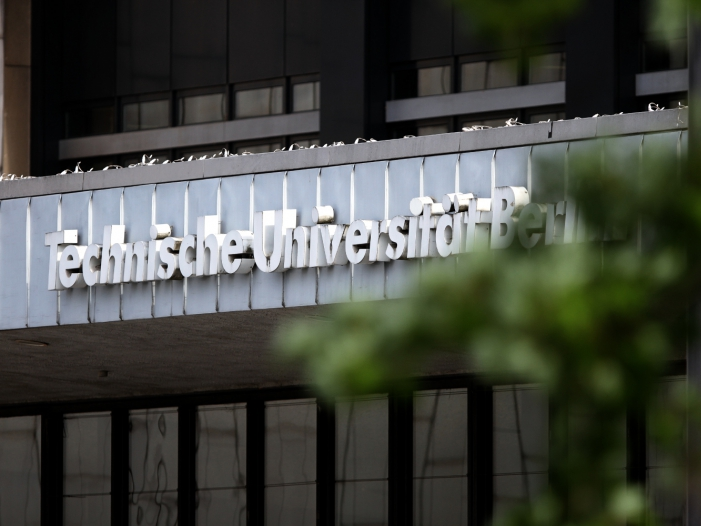 Technische Universität (<a title=