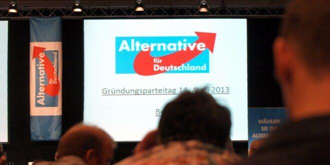 Seehofer macht Merkel für Erstarken der AfD verantwortlich 660x330 - Seehofer macht Merkel für Erstarken der AfD verantwortlich