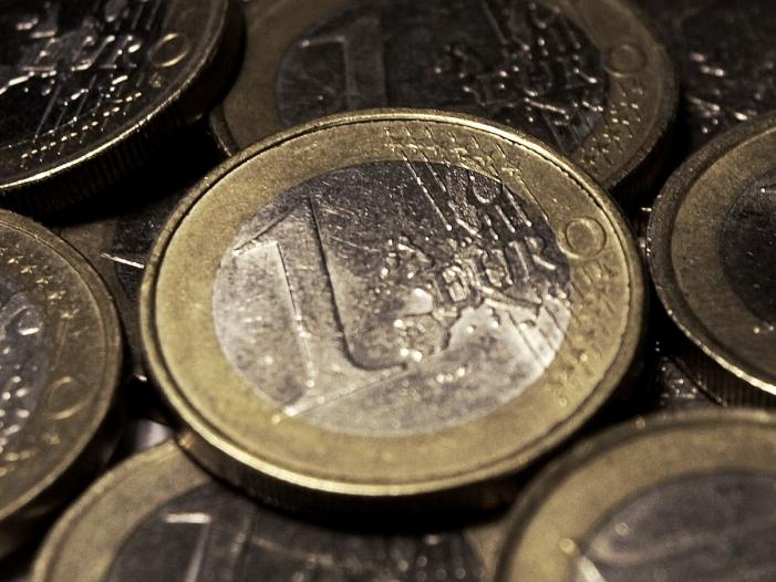 Stabilitätsrat fordert von Bremen neues Sparprogramm - Stabilitätsrat fordert von Bremen neues Sparprogramm