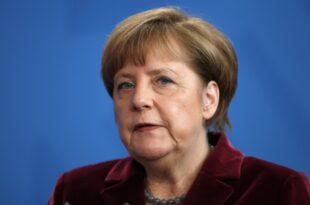 Merkel Deutschland ist im Krieg gegen den IS 310x205 - Flüchtlingspolitik: Wann folgt der erste Rücktritt in Deutschland? (Teil 5)