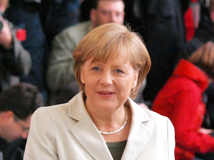 Photo of Merkel zu Besuch in Kirgisistan