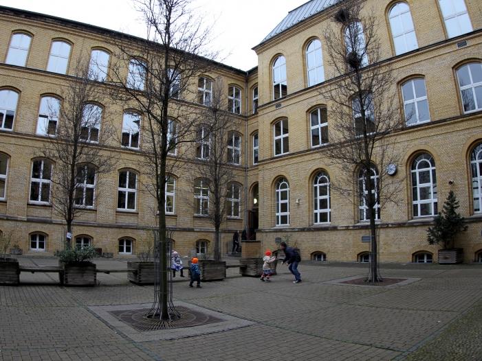 Bild von Bildungsexperten für mehr Deutschunterricht
