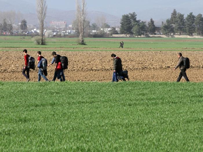 Photo of Bayerns Innenminister will Flüchtlinge in Krisenstaaten abschieben